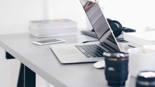 macbook-office